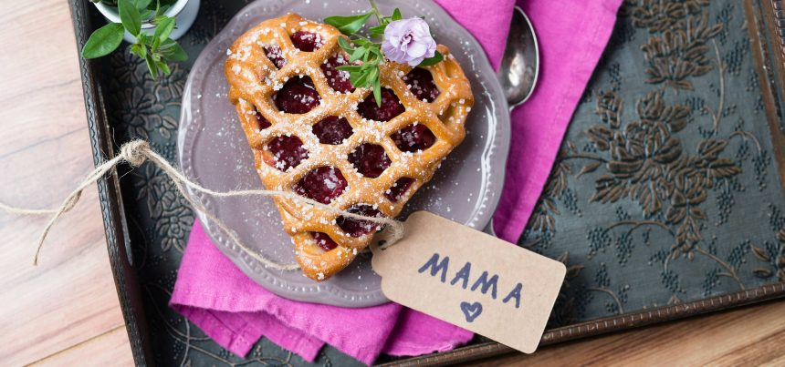 How to give your mum the best Mother's Day in lockdown